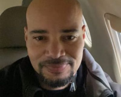 Christopher, 41 years, Male - Looking in: Milwaukee Milwaukee County WI