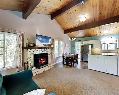 The Birch House   Outdoor Living on Quiet Street   Fireplace, Deck & Patio - Cedarpines Park
