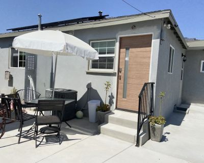 Spacious one bedroom one bath, NEW guest In-law suit, Beach, Napa Ctr, No pets - Del Aire