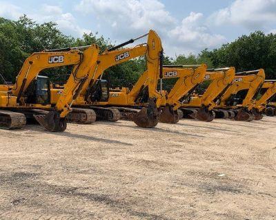 2019 JCB JS300 Excavators