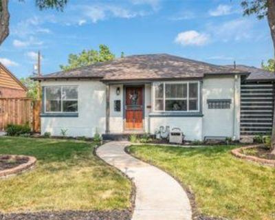 3530 Newport St, Denver, CO 80207 4 Bedroom Apartment