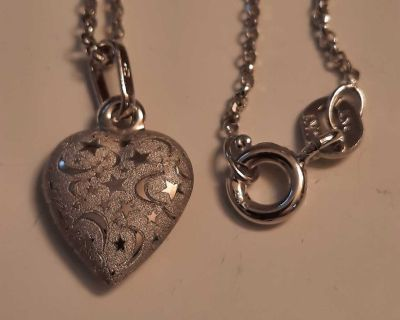 10k white gold chain and heart