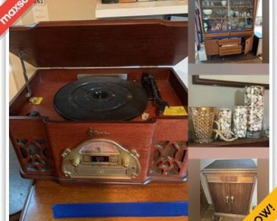 Alexandria Moving Online Auction - Arcadia Rd