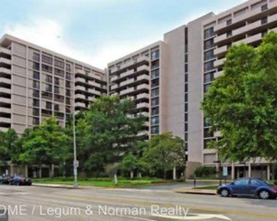 4141 4141 North Henderson Rd #726, Arlington, VA 22042 1 Bedroom House