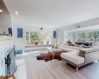 Brentwood Park (Ideal Location) SUNNY NEW HOME: POOL & SPA - Pacific Palisades