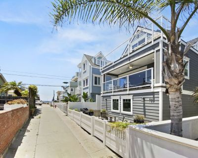 Family Beach Cottage by 710 Vacation Rentals   New Furnishings & Ocean Views - Mission Beach