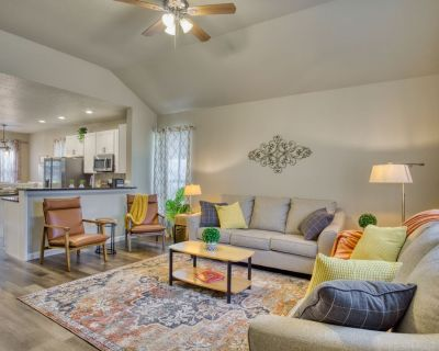 ALL NEW INDOOR AND OUTDOOR RETREAT! CLOSE TO THE LAKE! - Canyon Lake