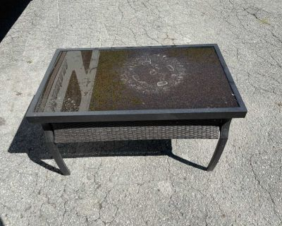 Lazy boy - outdoor coffee table