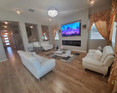 Luxury Glam Home in Gilbert Morrison Ranch, Gilbert, AZ