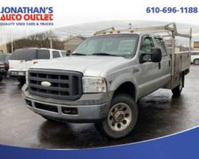 "2005 Ford Super Duty F-350 King Ranch Crew Cab 156"" 4WD"