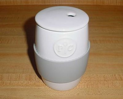 Barely Used Pampered Chef Ceramic 2-Cup Capacity Microwave Egg Cooker. Crack Up To 4 Eggs, Shake Them Up & Pop Them In The Microwave For...
