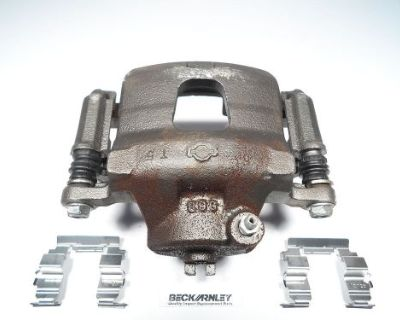 Right Front Brake Caliper Fitting Infiniti G20 & Nissan Stanza Axxess 077-0808s