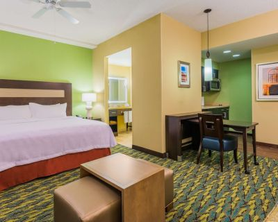 2-Bedroom Suite at Homewood Suites by Hilton Little Rock Downtown by Suiteness - Downtown Little Rock