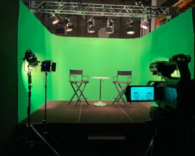 Multi-Functional Studio with Green Screen and Lighting, Hanover, MD