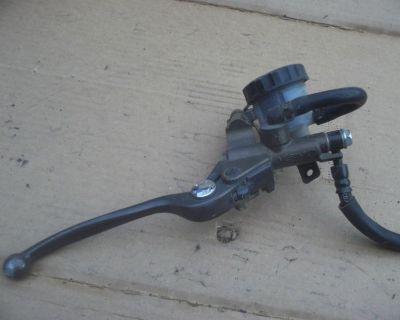 2004 Kawasaki Zx 636 Front Brake Master Cylinder Zx636 Front Brake Mc Res Bmodel