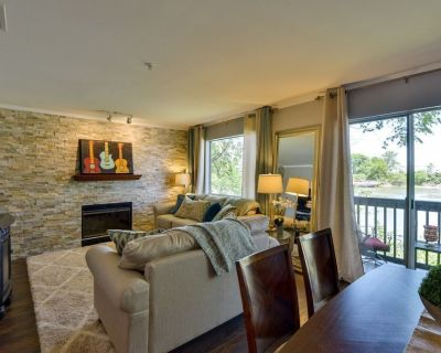 Riverfront Location~Walk to Broadway, Bars, Nissan Stadium, First Tennessee Park - North Capitol