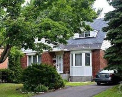 331 Knox Cres, Ottawa, ON K1G 0K9 3 Bedroom House