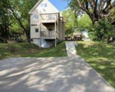 1742 Ames Pl #2, St. Paul, MN 55106 3 Bedroom Apartment