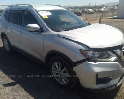 Salvage Silver 2017 Nissan Rogue