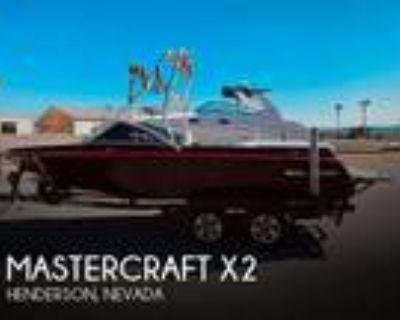 21 foot Mastercraft X2