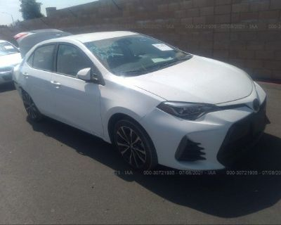 Salvage White 2017 Toyota Corolla
