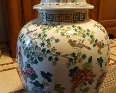 Ginger Pot with Japenese Artwork