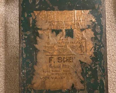 Metal Hardware Box