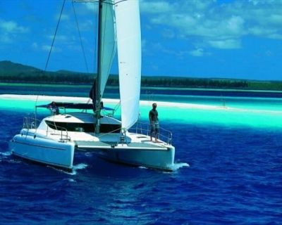 *SAIL* YOUR OWN PRIVATE YACHT ! DAYSAILS ON HAMPTONS #1 CATAMARAN - Sag Harbor