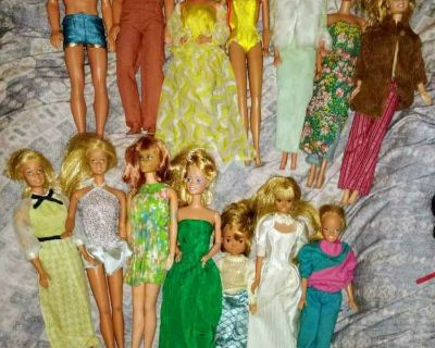 (17) '60S AND '70S MATTEL BARBIES