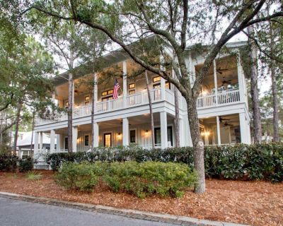 Executive Access Home! Outdoor Grill. Sprawling Porches. Close to Camp Pool - Watercolor