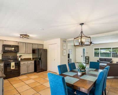*FALL SPECIAL* Catalina Del Oro - Close to Shopping/Restaurants- 3 BR / Com Pool - Verde Catalina Townhouses