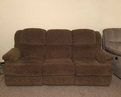 Reclining full size couch