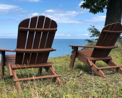 Charming Cottage with Private Beach (sleeps 6, A/C, Wifi & Kayaks) - Town of Brant
