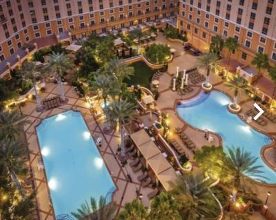 2 bedroom suite full kitchen on the Vegas Strip - Paradise