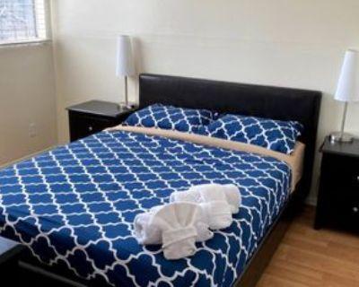 Mcclung Dr, Los Angeles, CA 90008 1 Bedroom Condo