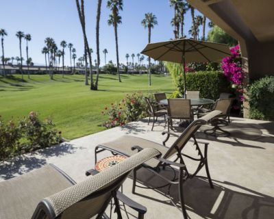 Completely Remodeled - Gourmet Kitchen - Southern Exposure - Palm Desert