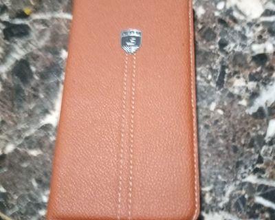 iphone 6s plus  unlock (Gold) $230 firm.