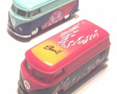 Split Window VW Bus, Pull-Back Action 1:32 Diecast