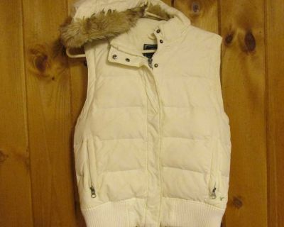 American Eagle Outfitters Small cream; hooded (zips off) w/faux fur; full-zip and snap vest