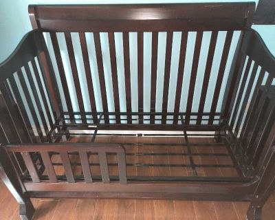 Baby crib and toddler bed in one!!!!!