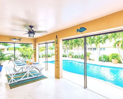 Casas Ma ana Vacation Rental Cape Coral, FL - Your Rental Home of Tomorrow - Pelican