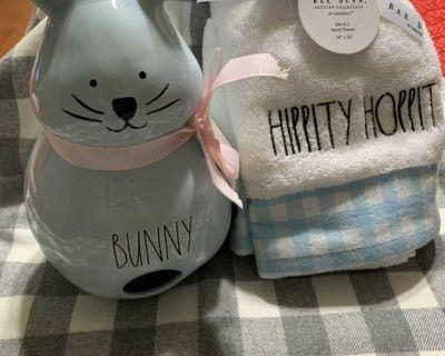Rae Dunn Bunny Birdhouse & Hippity Hoppity Towels
