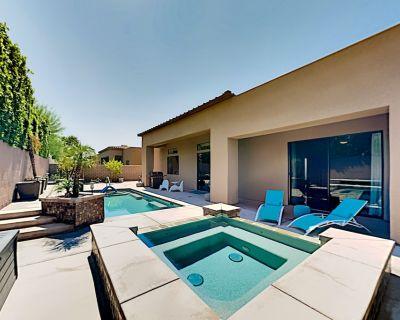 Stunning All-suite Escape Custom Pool, Hot Tub & Home Office Near Golf - Palm Desert