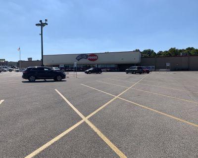 Big Box Retail - Evansville West Side / #2338