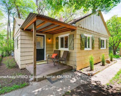 Cozy Colorado Springs Cottage - Southwest Colorado Springs