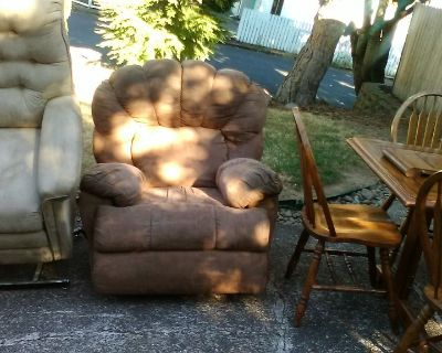 Micro fiber sofa & recliner  good condition