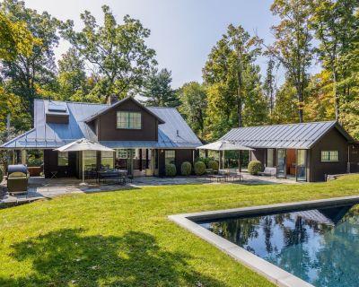 NEW! History+art+luxury+style = Byrdcliffe Retreat w/separate office+heated pool - Woodstock