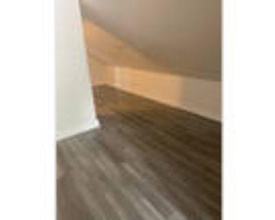 2 Bedroom Upper Duplex