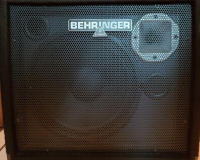 Great Behringer Keyboard Amp For Sale