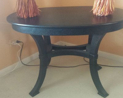 Side Table or Kid's Table